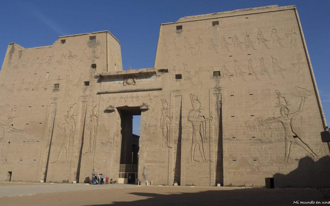 Egipto: Templo de Horus (Edfu) y Templo de Kom Ombo.