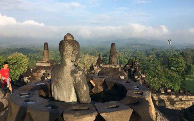 Qué ver en Yogyakarta ( II ): visitar Borobudur.