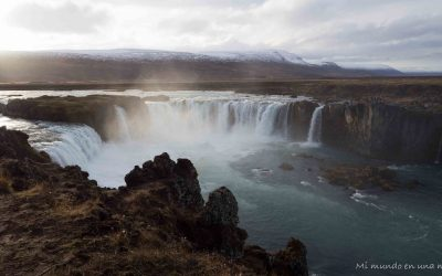 Islandia en 10 días: Kolugljúfur, Hvitsekur, Glaumbaer, Akureyri, Godafoss y Myvatn.